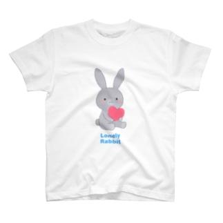 グレーうさぎ T-shirts