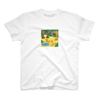 鹿と暮らす町 T-shirts