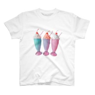 ミルクシェイク T-shirts