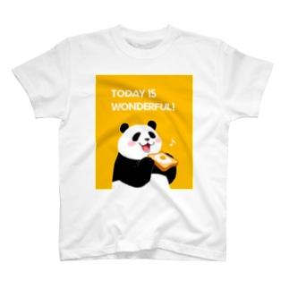 目玉焼きぱんだ T-shirts