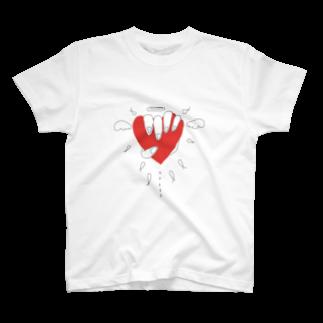 しおり/意味わからん絵の赤ハート T-shirts