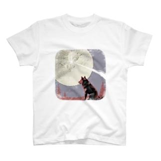 9.25 月へ T-shirts