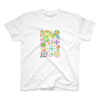 Art11-1 T-shirts