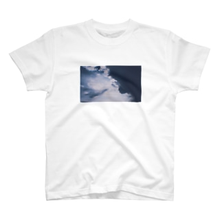 青に影 T-shirts
