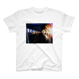 肴の骨 T-shirts