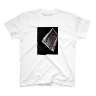 新とりあえず300 T-shirts
