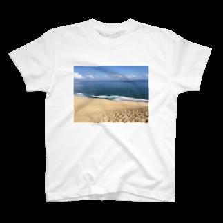 onの砂丘 T-shirts
