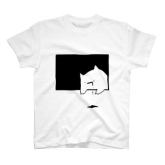 何かが垂れている。▼ T-shirts