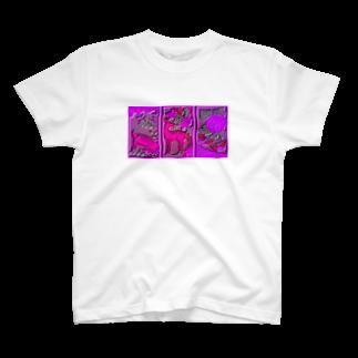 GENGERのイノシカチョウ T-shirts