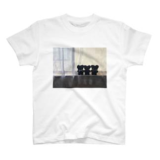 彼等は私たちの影 T-shirts