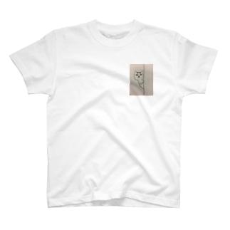 マロはフレディマーキュリー似 T-shirts
