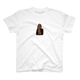 ティンカーベル岡田 T-shirts