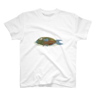 毛糸の魚 T-shirts