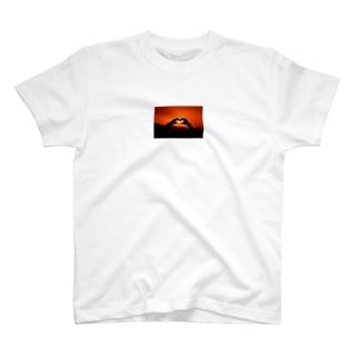 サンセットハート T-shirts