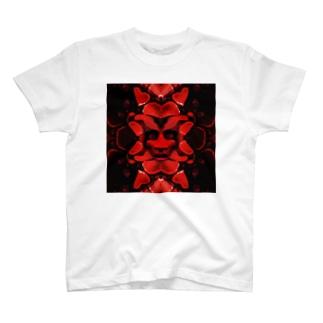愛蛇 T-shirts