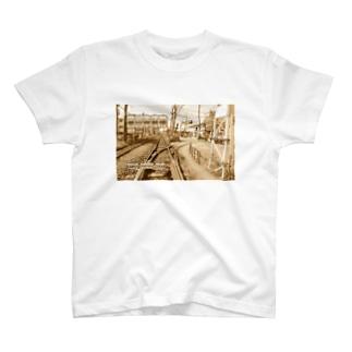 東京都:都電荒川車庫前 Tokyo: Arakawa-shakomae of Tokyo Sakura Tram T-shirts