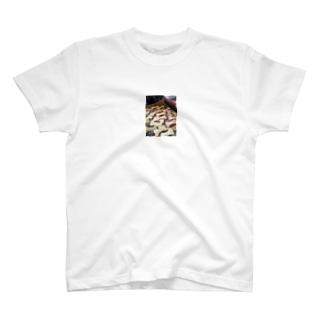 犬のおやつ T-shirts