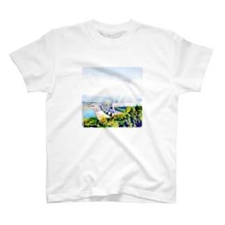 向こうの世界 T-shirts