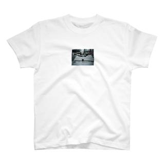 machinakanohito T-shirts