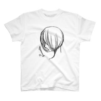 黒の少女 T-shirts