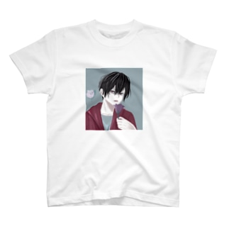 黒髪青年 T-shirts