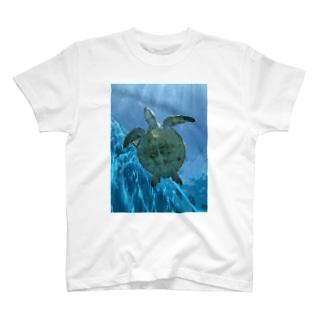 幸せのホヌ T-shirts
