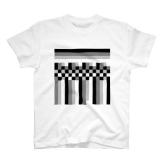 ガラガラ① T-shirts