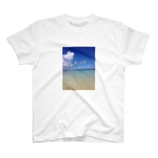 沖縄の青空 宮古島 T-shirts