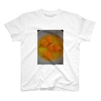 ラッキー😆💕双子卵 T-shirts