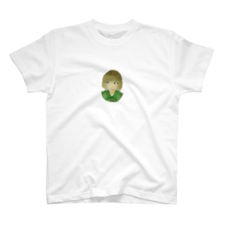 青い目の少女 T-shirts