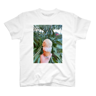 ice cream in Cairns T-shirts