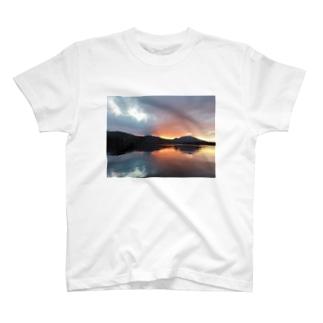 yuyake T-shirts