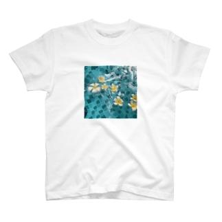水と花 T-shirts