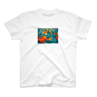 fuchi.のコスモス T-shirts