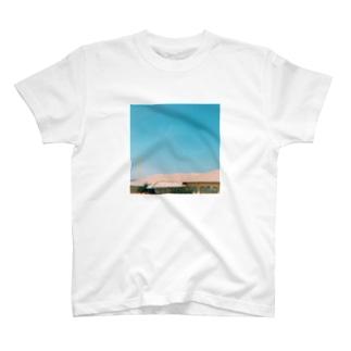 さんかく飛行機雲 T-shirts