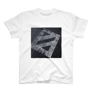 ハタケ T-shirts