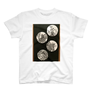 黒としろの世界No.2 T-shirts