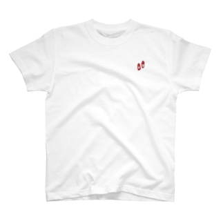 赤い靴 T-shirts