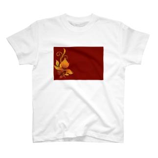 緋色 T-shirts