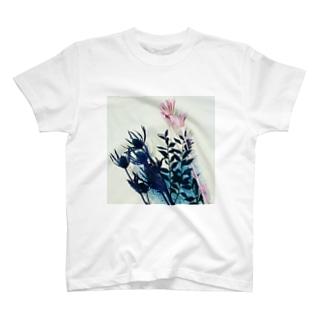 くすみカラーのお花たち T-shirts