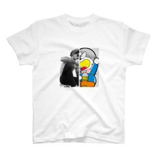 ストリートに根付いた日常 T-shirts