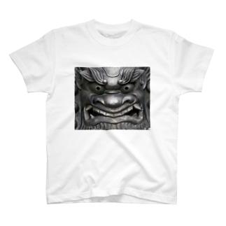 鬼瓦 T-shirts