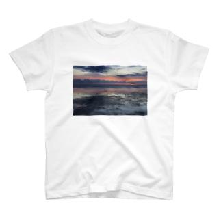 北海道の風景シリーズ 宗谷岬 T-shirts