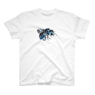 幸せの青い蜂 T-shirts