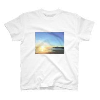 Morning Surf T-shirts