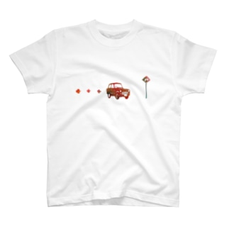 走るクルマ T-shirts