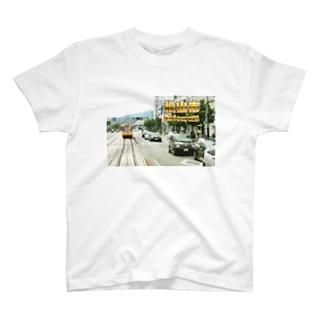 愛媛県:松山市駅前通 Ehime: JR station & streetcar in Matsuyama T-shirts