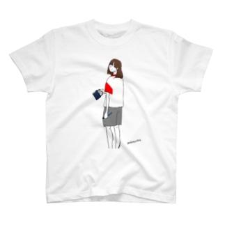 いま起きました T-shirts