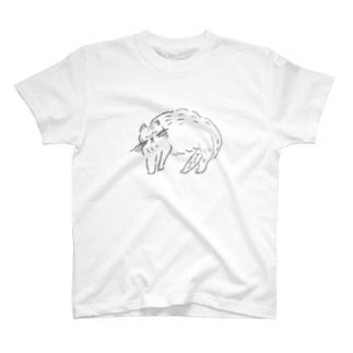 寝る猫 T-shirts