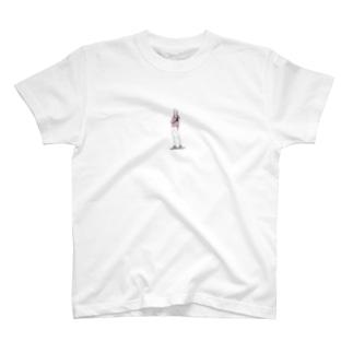 ダスティピンクの男の子 T-shirts